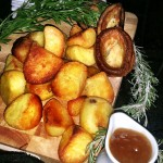 Fluffy Roast Potatoes With Gravy