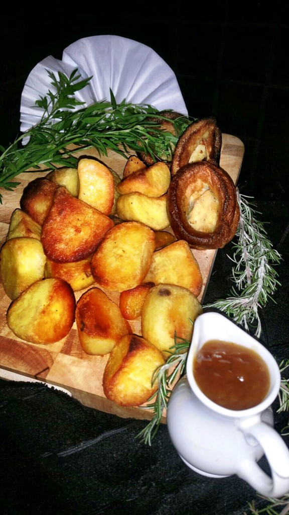 Fluffy Roast Potatoes With Gravy